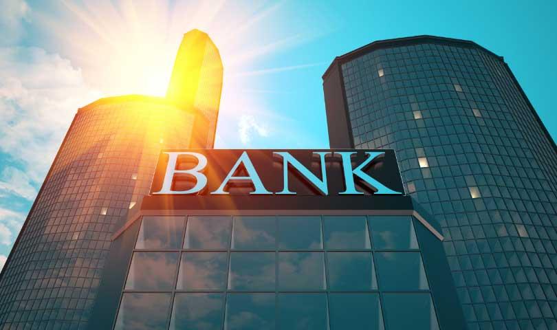 Tips Aman Menabung Uang Dibank