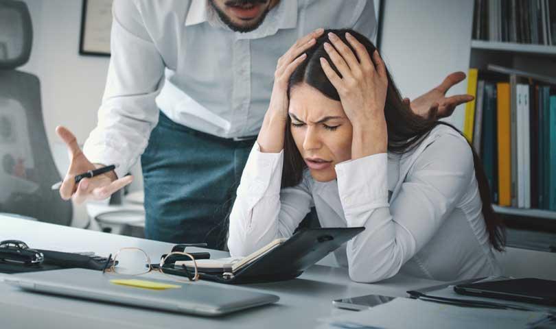 Cara Mengatasi Stres Bekerja Dibawah Tekanan Dan Banyak Target