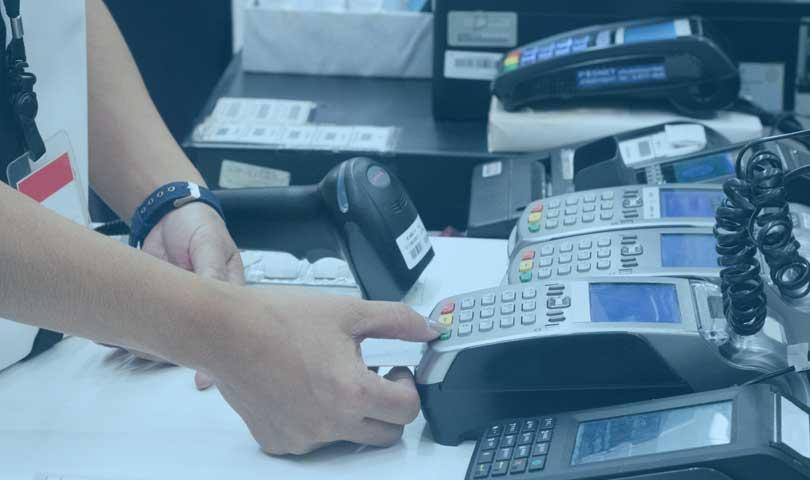 Boros Dalam Menggunakan Kartu Kredit Kerap Terjadi Pada Anak Muda