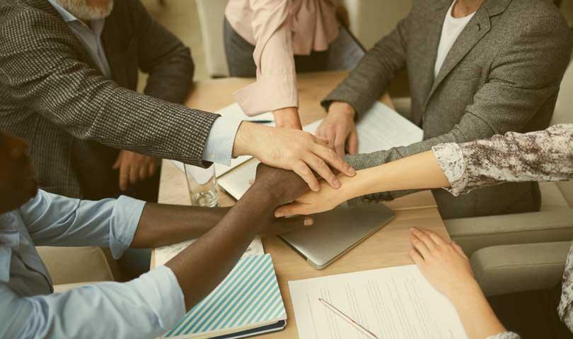 Manfaat Bila Memiliki Rasa Bangga Terhadap Perusahaan Tempat Bekerja